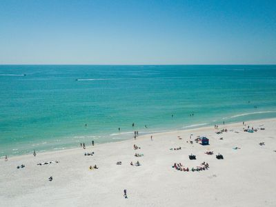 Photo for Cozy Cottage on Siesta Beach