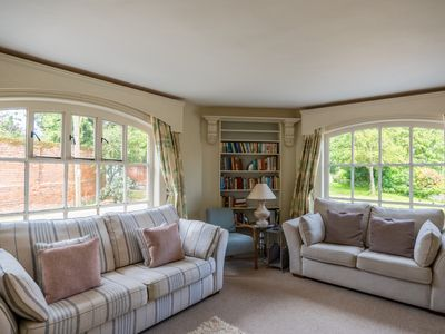 Photo for Moat Cottage - Four Bedroom House, Sleeps 8