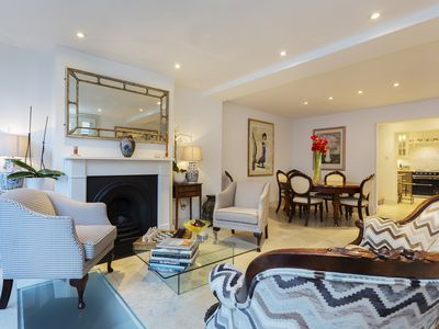 Photo for Beautifully designed home sleeping 8 in leafy Hampstead (Veeve)