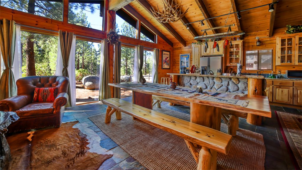 The lake tahoe chalet vrbo for Tahoe city cabin rentals