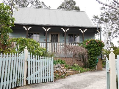 Photo for The Bird House - a family-friendly cottage in Katoomba