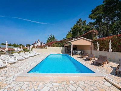 Photo for Holiday apartment Poreč for 3 - 4 persons with 2 bedrooms - Holiday apartment in one or multi-family