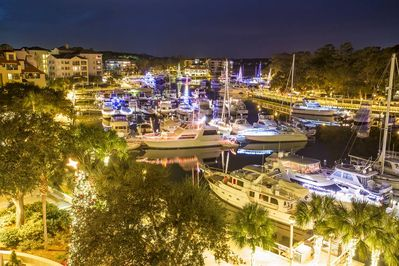 The Holidays on Hilton Head are an amazing time to  celebrating with loved ones.