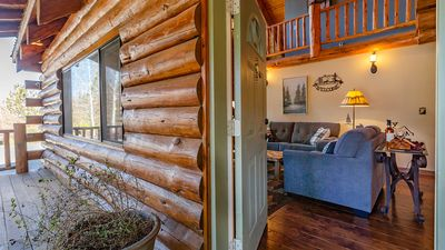 Photo for Cozy Modern Log Home with Amazing Backyard/BBQ 3 bd 2 bth
