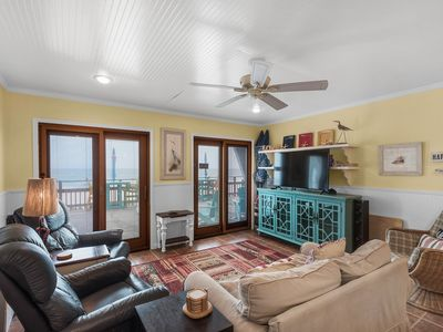Photo for BeachFront Views! Ground Unit☼Beach Service☼2Step Sanitizing Process☼2BR Snapper