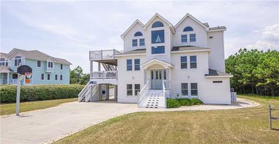 Photo for #4017: OCEANSIDE Home in Corolla w/PRVTPool & HotTub, DogFriendly