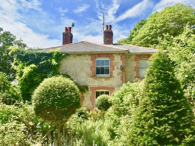 Photo for Enchanting Victorian Coastal and Rural Cottage RetreatSouth of the Isle of Wight