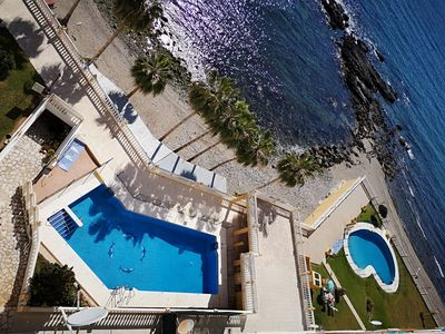 Photo for Nice apartment on the beach with fantastic sea views