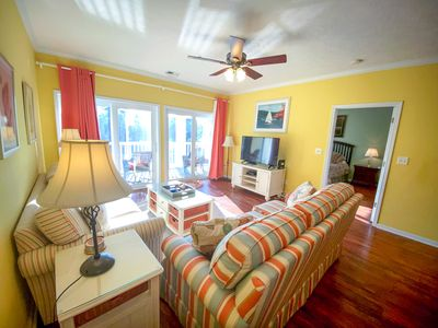 Photo for Ocean Keyes. Gated community. 3 bedroom, 2 bath condo. Sleeps 10. Walking distance to beach. Great amenities. Golf cart allowed. No pets, no motorcycles.