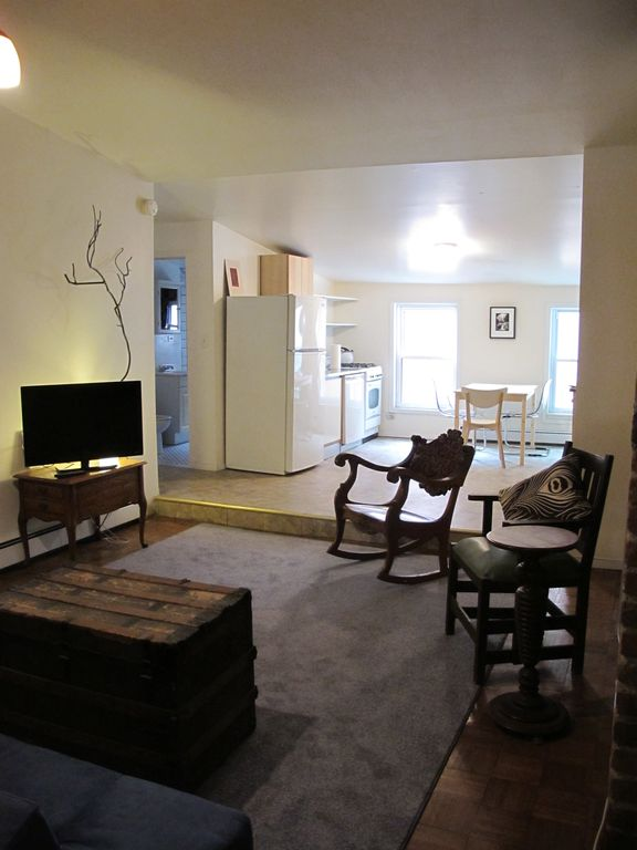 Two Bedroom Apartment Bedford Ave And Grand St First Stop L Train Williamsburg Brooklyn New