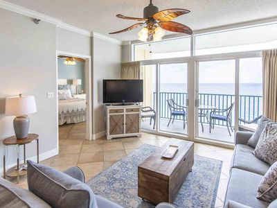 Photo for 16th Floor Condo with Incredible Views. Resort Amenities. Close to Everything!
