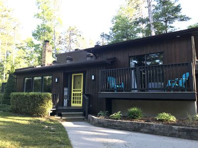 Open Concept 5 Bedroom Cottage with Sunroom & Walk to Private Beach