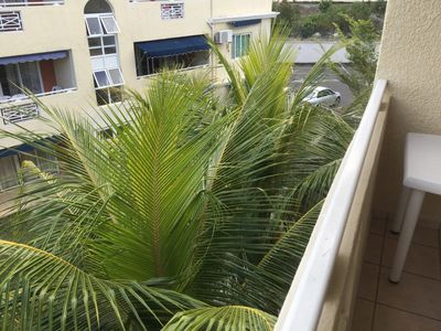 Photo for Modern 2 bedroom apartment in residence near the beach and the center