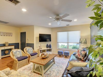 Photo for Gorgeous Downtown Delray Beach Cottage