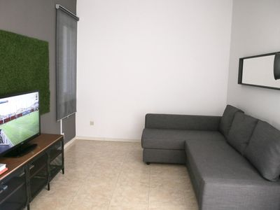 Photo for Lucky Corner apartment in Sants with WiFi, air conditioning & lift.