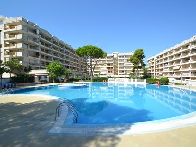 Photo for Catalunya 40:Free Wifi & linen-2Bedrooms-Residence with Sw. pools in Salou's centre,400m from beach