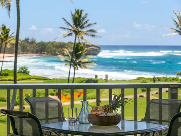 Prime Ocean Front Two Bedroom Two Bathroom Condo with views of Shipwreck Beach