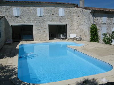 Photo for Bed and Breakfast, with swimming pool. Private area of 100m2.