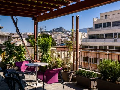 Photo for Dreamy Apartment with Amazing Views of Acropolis