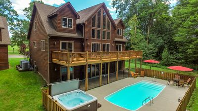 Photo for Stunning Home with Private Outdoor Pool & Community Amenities