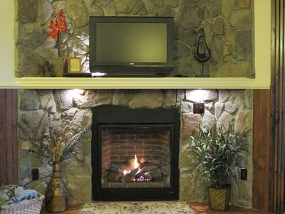 Direct vent gas fireplace.