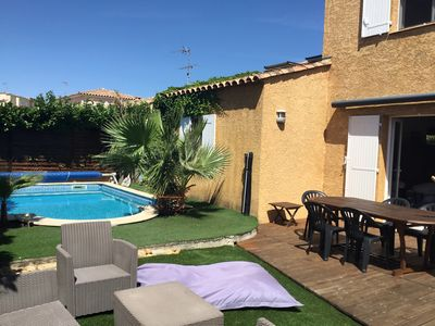 Photo for Villa with pool 2 km from the sea in a quiet