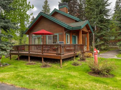 Photo for Cozy, dog-friendly cottage on McCall Golf Course w/access to shared amenities!