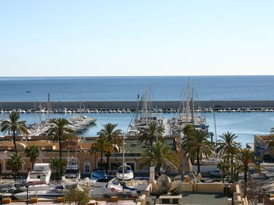 Photo for Sunny apartment overlooking the sea and harbour at the centre of Fuengirola