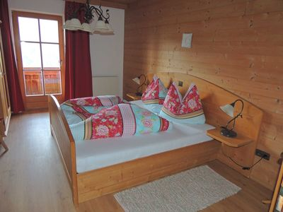 Photo for Cozy double room with panoramic view No. 3 - Aussergraben