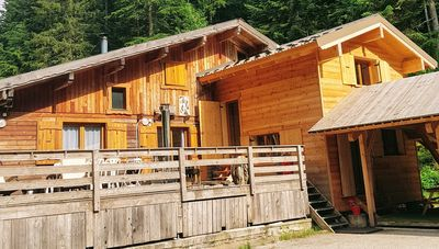 Photo for WILD STATE, wooden chalet, at the edge of the boréon-Mercantour lake 8 to 18 people