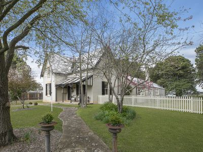 Photo for Manor House, Moss Vale. Luxurious private historic house in an acre of gardens