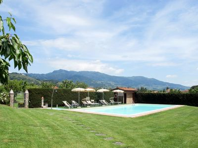 Photo for Nice apartment in villa for 6 guests with pool, WIFI, TV and parking