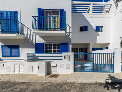 Photo for 3 bedroom villa 2 minutes from the beach