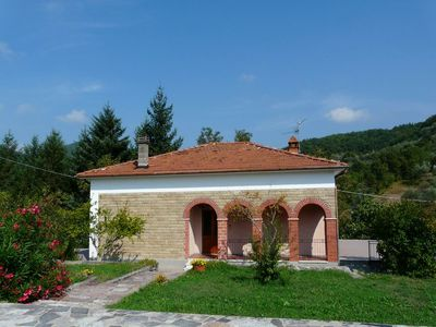 Photo for Villa situated comfortably in very quiet location, relaxing Urlaud
