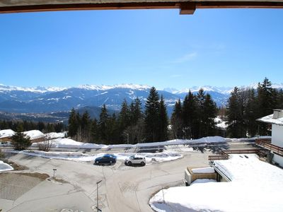 Photo for Very nice apartment near the center with a beautiful view over the Valaisian Alps(5-7 pers). Entranc