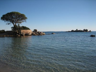 Photo for Studio in private villa, on 14,000m2 estate, right on Palombaggia Beach