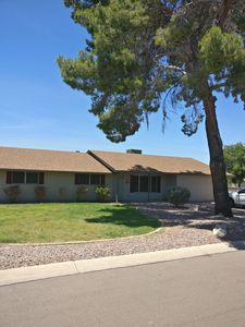 Photo for Country Feel In Heart Of Tempe, Home With A Huge Back Yard
