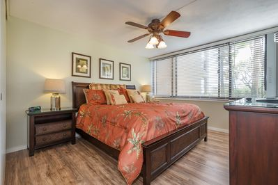 Master Bedroom With Luxury King Bed