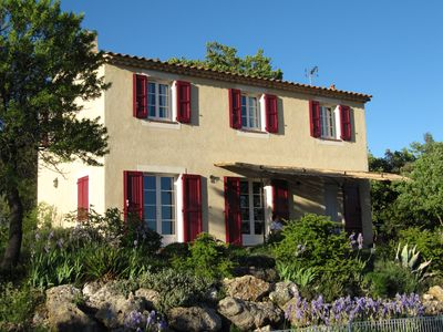 Photo for Mas de Rabasse, holidayhome with private pool and panoramic view on the Provence in La Verdière