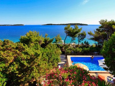 Photo for 4BR House Vacation Rental in Vela Luka, Dalmatien