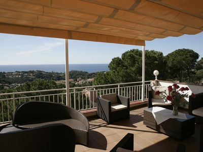 Photo for LLoret de Mar- Well-equipped villa with pool and seaview for 10 persons