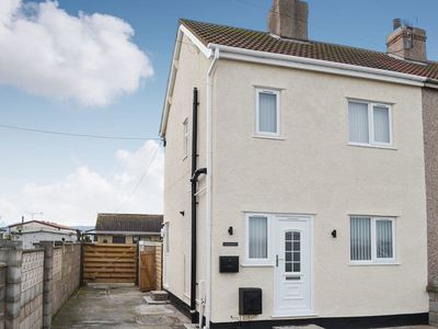 Photo for 2 bedroom accommodation in Towyn, near Rhyl