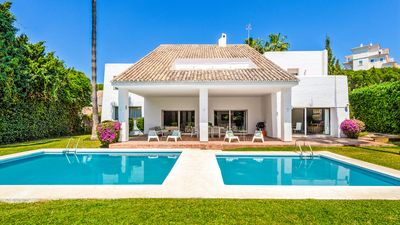 Photo for Luxury Villa 12 in Modern Style In Puerto Banus