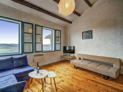 Photo for Beautiful apartment for 8 people with A/C, WIFI, TV and pets allowed