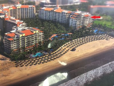 Photo for 7th Floor Beachfront.....Tower 1.