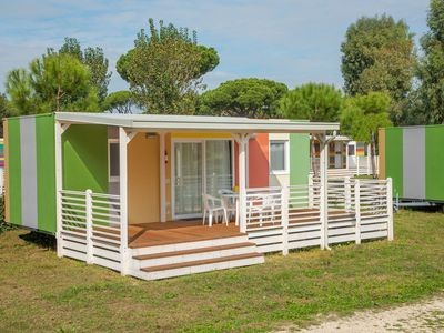 Photo for Chalet in a nice holiday park near pleasant seaside resort and Rome