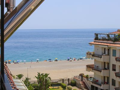 Photo for Penthouse with direct access to the sea, lift, parking space