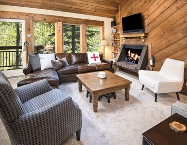 Photo for Vail Mountain Condo-5 minutes from Vail Village - On Free Ski Bus Route