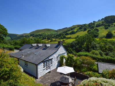 Photo for The perfect blend of traditional features and modern luxuries, this 5 star cottage with a spacious g