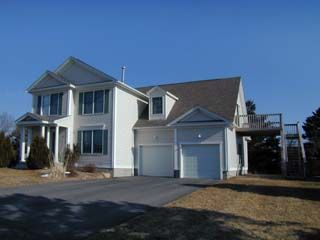 Photo for Beautiful Modern Home, Three Blocks from Beach, Central Air Conditioning, Spacious Living Area